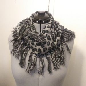 Gray leopard print infinity scarf. Steve madden